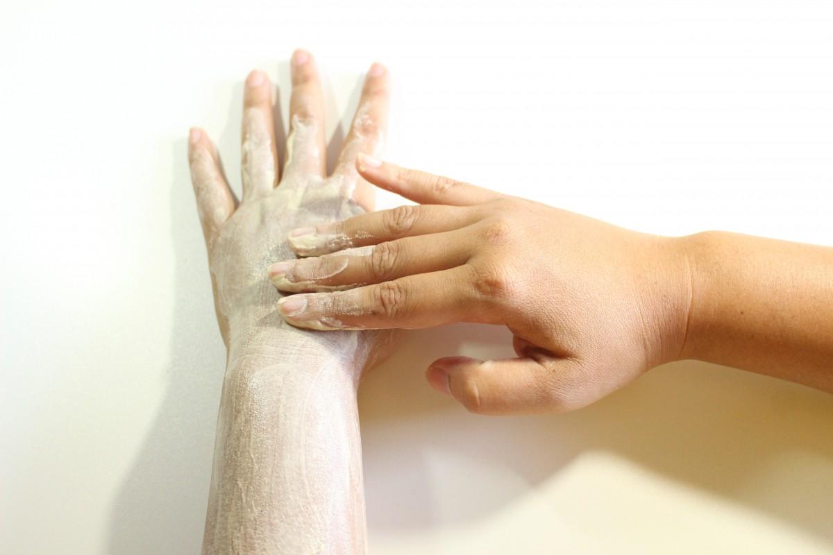 etre belle au naturel Gommez-vous la peau hebdomadairement
